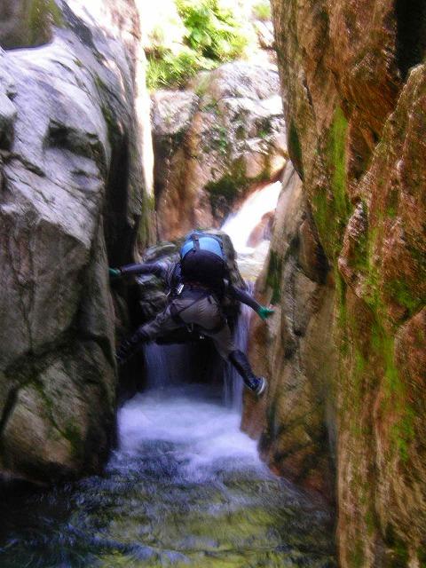 タナイの滝